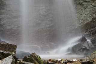falls hosue 2