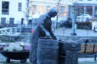 alesund woman